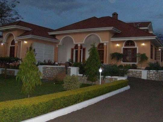 5BEDROOMS VILLA HOUSE IN NJIRO image 2