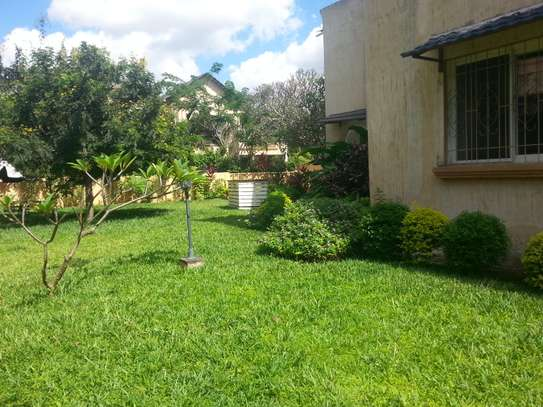 4 Bedrooms Large House In A Small Gated Community In Oysterbay image 10