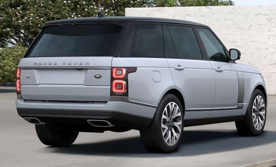 2019 Land Rover Range Rover image 2