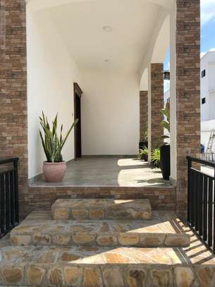 LUXURY 4 BEDROOMS DUPLEX FOR RENT AT MIKOCHENI image 8