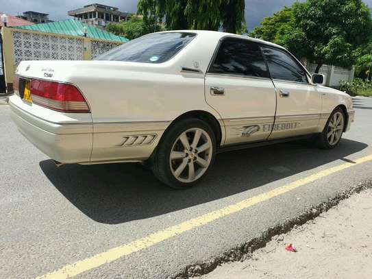 1998 Toyota Crown image 3
