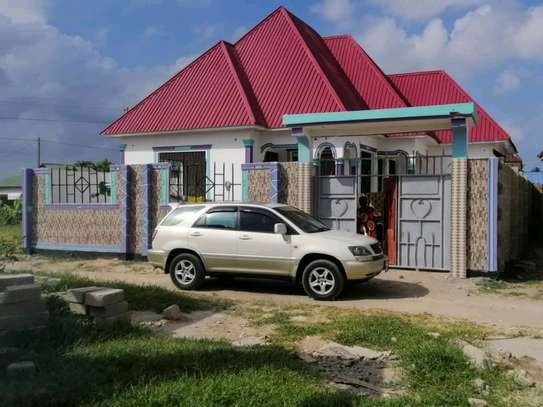 3 bdrms New House going cheap at MBAGALA-CHAMAZI image 1