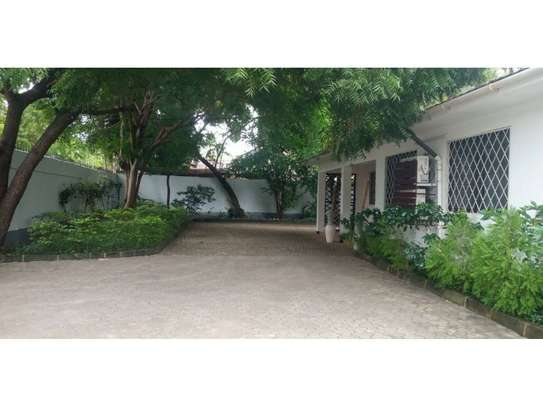 4 bed room house at masaki $4000pm image 8
