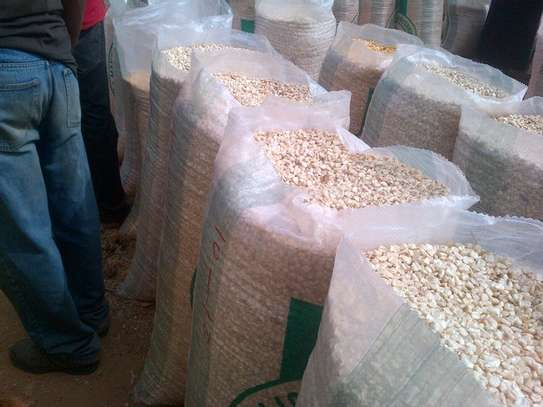 21000 tonnes of White Maize Grade A for Sale Sumbawanga image 2