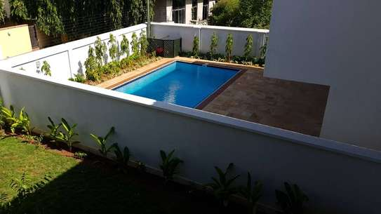 4 Bedrooms 4 Bathrooms Compound House For Rent in Oysterbay