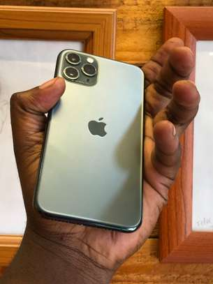 iphone 11 pro 256GB (Dual) image 4