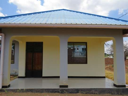 Beautiful bungalow in Iringa image 2