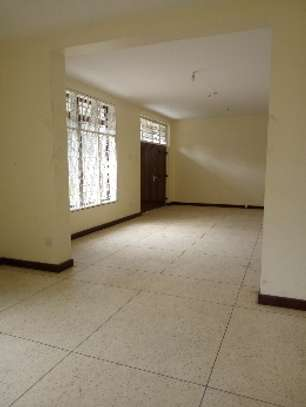 4bed house with big compound and small godown at ada estate image 5