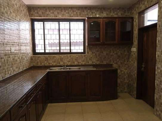 HOUSE FOR SALE PRICE TSH MLN 800 image 6