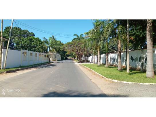 3bed house at oyster baynext to coco beach $1500pm image 2