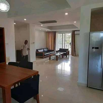 3 BEDROOM APARTMENT OYSTERBAY image 2