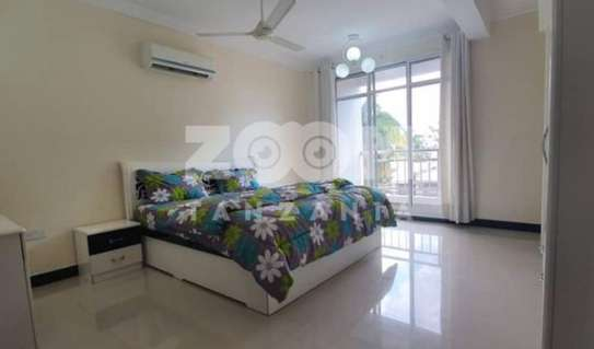 SPACIOUS  OCEAN VIEW FULLY FURNISHED 3BHK (EN-SUITE)  Apartment for sale image 5