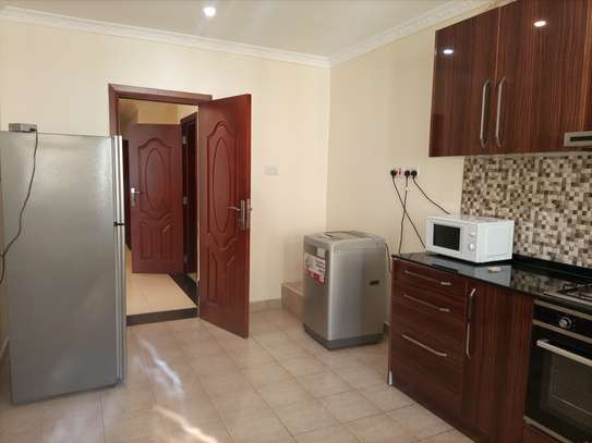 Luxury 2 bedrooms Apartment Fully furnished for rent image 11