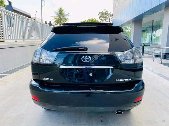 2005 Toyota Harrier image 3