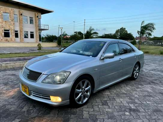 2005 Toyota Crown Athlete image 6