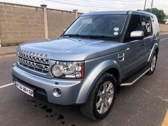 2012 Land Rover Discovery image 2