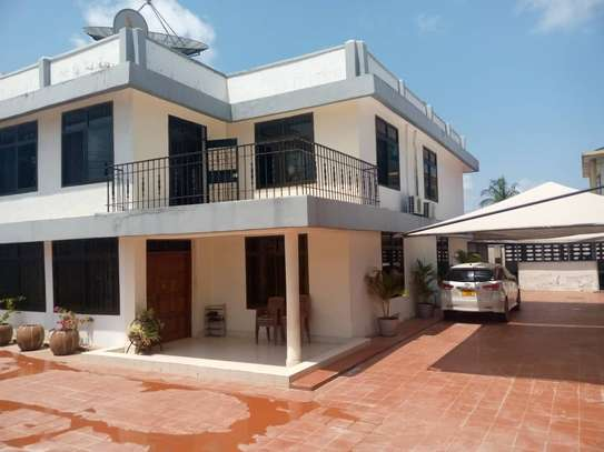 5 bed room house for sale at msasani image 1