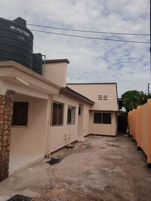 3 bed room house for rent at kinondoni  area image 1