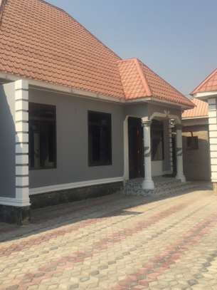 APARTMENT FOR RENT/RESIDENTIAL OR OFFICE USE DODOMA image 3