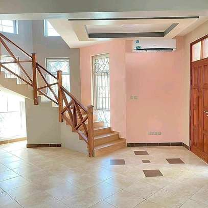 3 Bedroom House Villa Mbezi Beach image 5