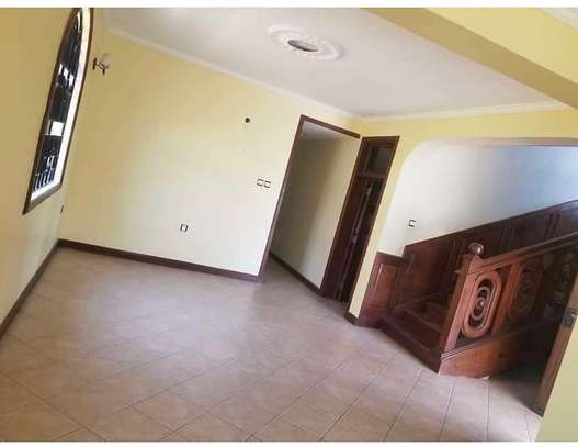 4 bedroom house to rent in MIkocheni, Dar es Salaam image 4