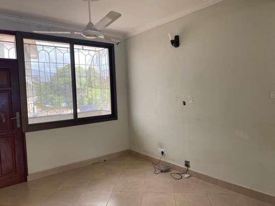 3 bed room beach apartment for sale  at upanga kitonga  street image 3