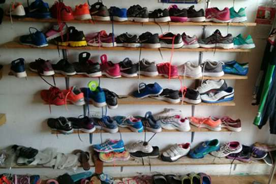USED RUNNING SHOES