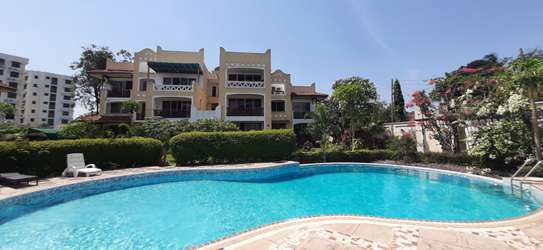 3 Bedroom Spacious Apartment For  Re t in Oysterbay image 1