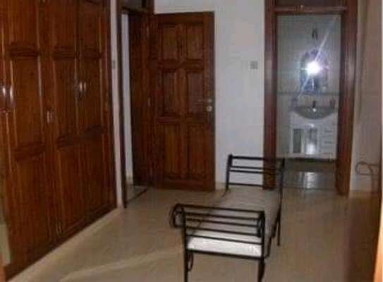 AVAILABLE FOR RENT  A 5 BEDROOM VILLA  IN ARUSHA image 10