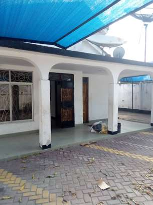 4 Bedroom House at Kinondoni kwa Pinda