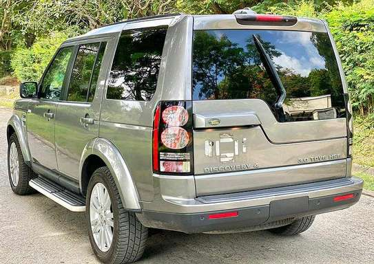 DISCOVERY 04  YEAR 2011 Cc 2990 Km 68000 DIESEL ENGINE LEATHER SEATS INTERIOR 7 SEATS  AUTOMATIC TRANSMISSION PRICE 90M image 3