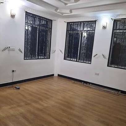 Four bedrooms apartment for rent image 8