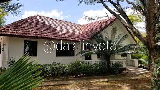 CUTE HOUSE FOR RENT STAND ALONE