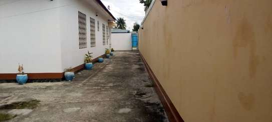 4 bed room house for rent at mikocheni jjhh image 6
