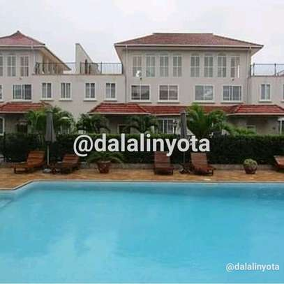 HOUSE FOR RENT VILLA