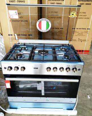 VON HOTPOINT COOKER 90X60 COMBINATION 5GAS BURNERS +ELECTRIC OVEN