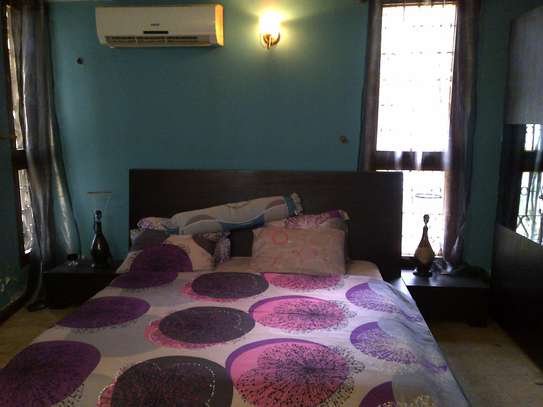 6Bedroom Double-storey Fully Furnished Bungalow for Rent in Upanga: image 2