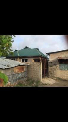 3 bed room house for sale at kigamboni TRA image 6