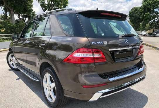2014 Mercedes-Benz ML400 4MATIC USD 22,000/= UP TO DAR PORT TSHS 88.9MILLION ON THE ROAD image 2