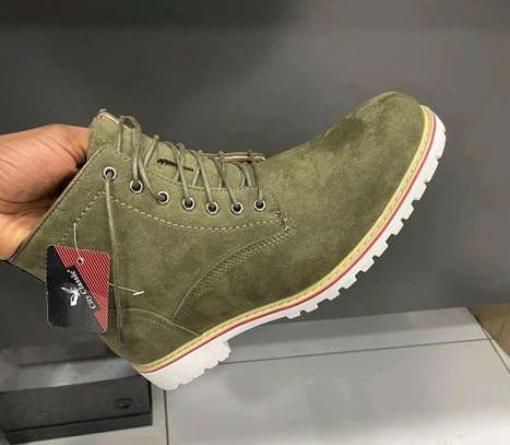 Quality  Shoes image 3