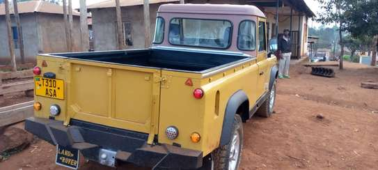1989 Land Rover Defender image 3