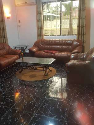 4 bedroom house full furnished ( stand alone ) for rent image 5