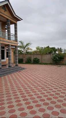 4 bdrms (All en-suite) modern Home at GezaUlole Kigamboni. image 2