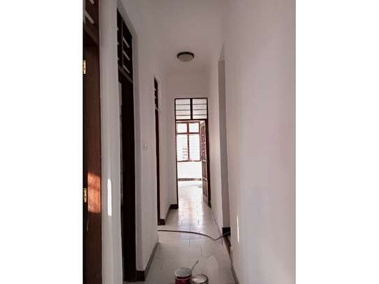 5bed  house at mikocheni a tsh 1,500,000pm image 8