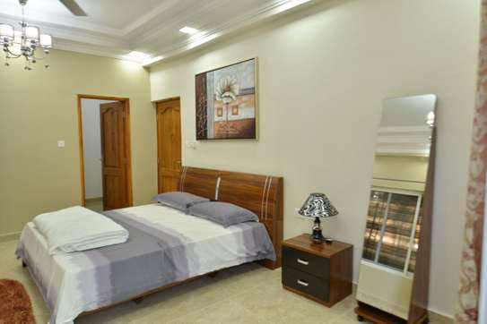 FURNISHED 3 BEDROOMS APARTMENT -  MIKOCHENI image 5