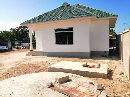 STAND ALONE HOUSE FOR RENT  - MBEZI BEACH KIDIMBWI image 3