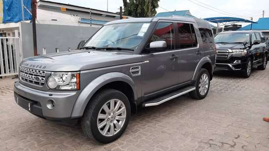 2014 Land Rover Discovery image 1