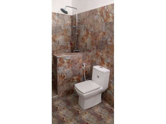 4bed all ensuite town house at oyster bay $2500pm image 13
