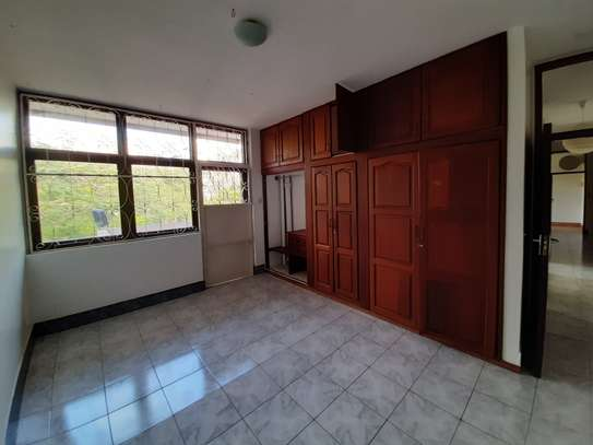 4 Rooms House For Rent image 4