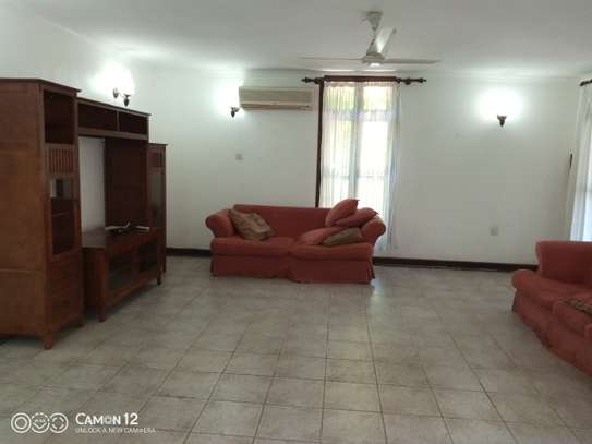 4bdrm house for rent in masaki image 9